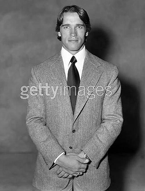 Arnold-suit-muscular-menswear