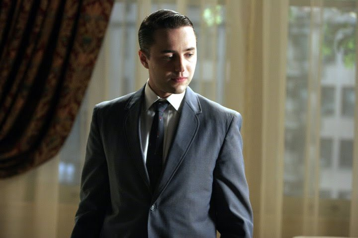 Pete Campbell in a classy suit jacket