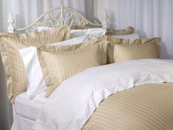 7 Tips For Buying A Quality Down Comforter | Purchasing A