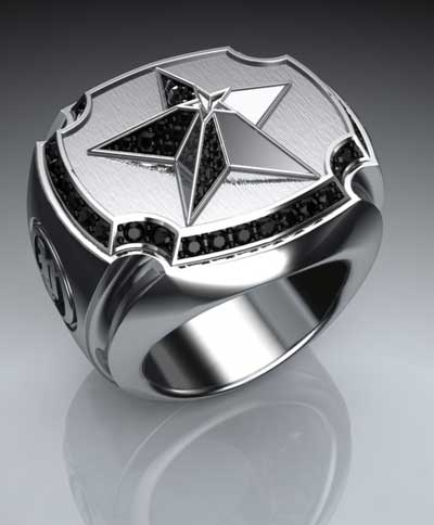 This pinky ring is inspired by the Lone Star of Texas, the home of Proclamation Jewelry. The extruded star sits atop an elevated signet, framed by a gemstone pave.