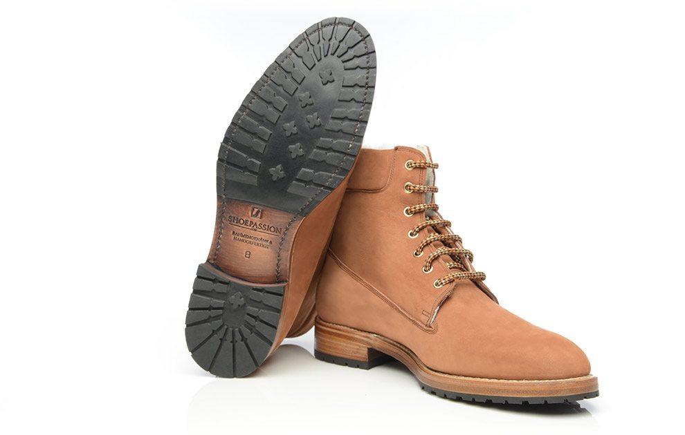 buy mens boots