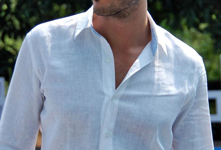 How to buy the perfect hot weather button down shirt for men? The ...