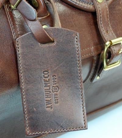 63db1263142d 11 Luggage Buying Tips