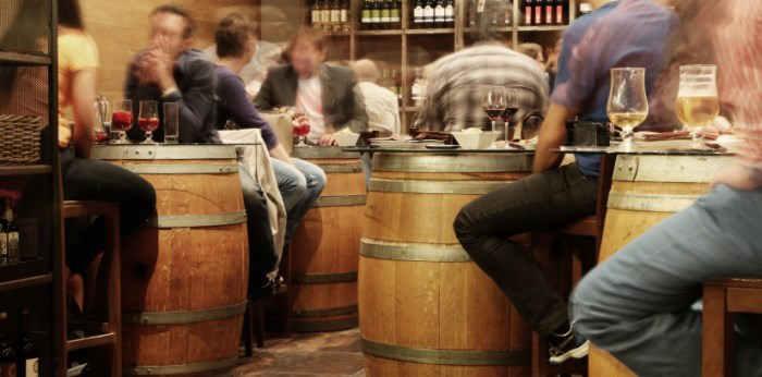 restaurant dining etiquette