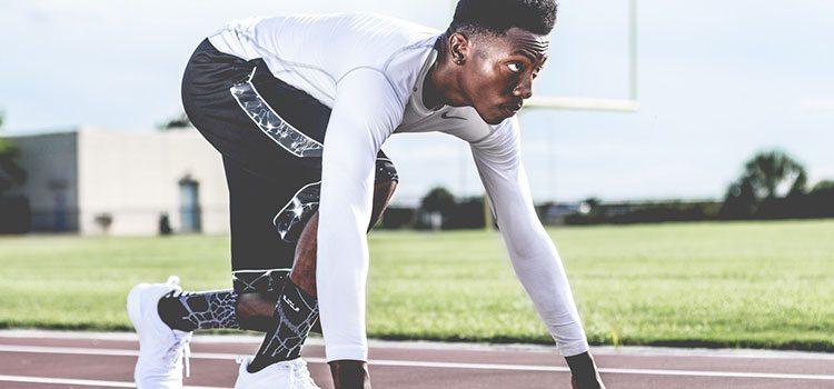 Quần áo thể thao phù hợp giúp bạn tự tin hơn khi tập luyện.