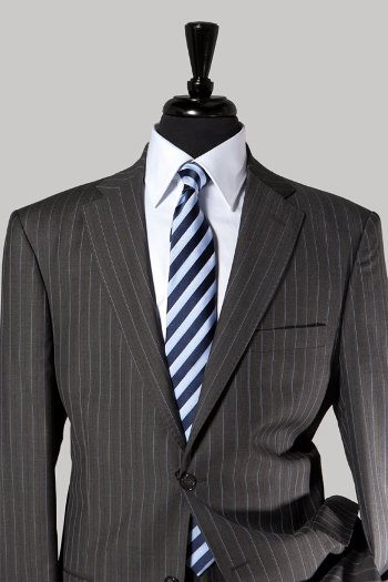 When Should A Man Buy A Pinstripe Suit? | Men Style Guide