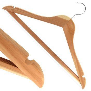 Hangerworld Pack из 10 вешалок для одежды из натурального кедрового дерева с нескользящей штангой - 17.3 дюйма1