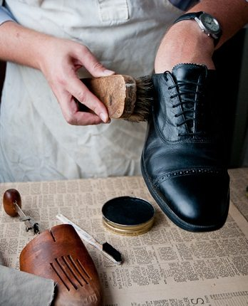70fa66c61331 Leather Shoes   How To Repair It