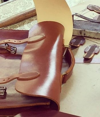 7 Things To Look Out For BEFORE Buying A Leather Bag  4bca8082e219a