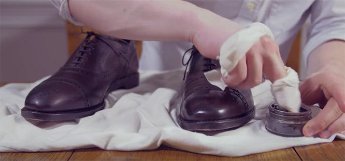 how to make your shoes shine