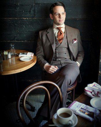raphael-schneider-suit