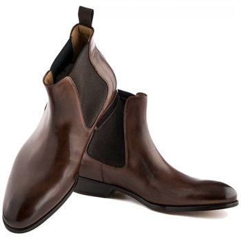 brown-chelsea-boots