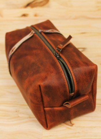 leather-dopp-kit