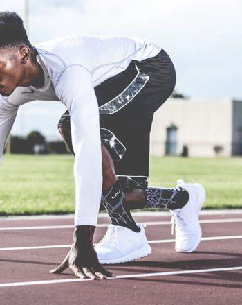 workout-clothing-men-running
