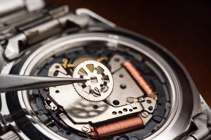 watch repair quartz