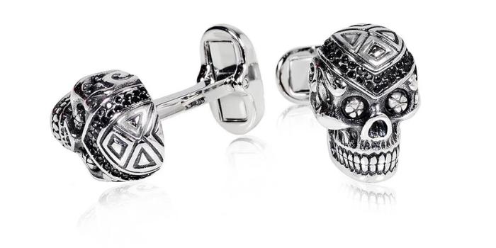 skull cufflinks