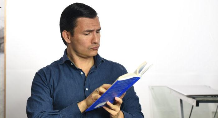 antonio reading