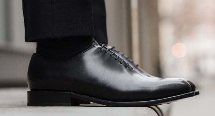 shoes that every man should own black whole cut oxfords