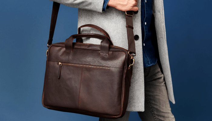Things women notice: A Stylish Leather Bag