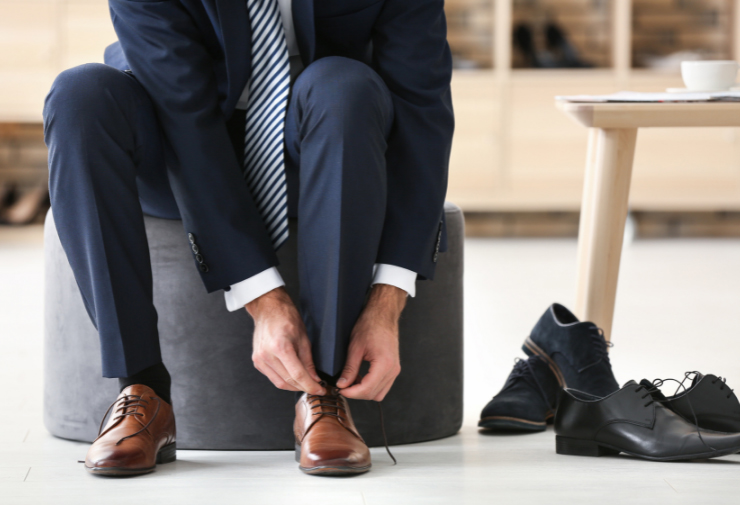 Wear navy trousers with shoes colour what to The Best