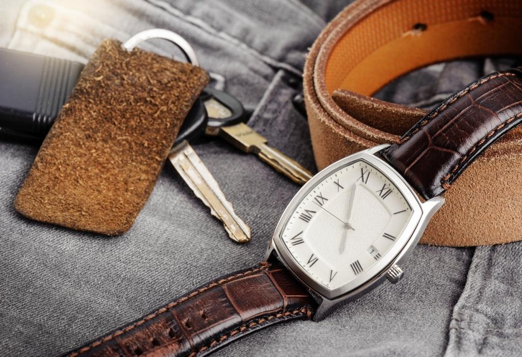 Relógio e cinto