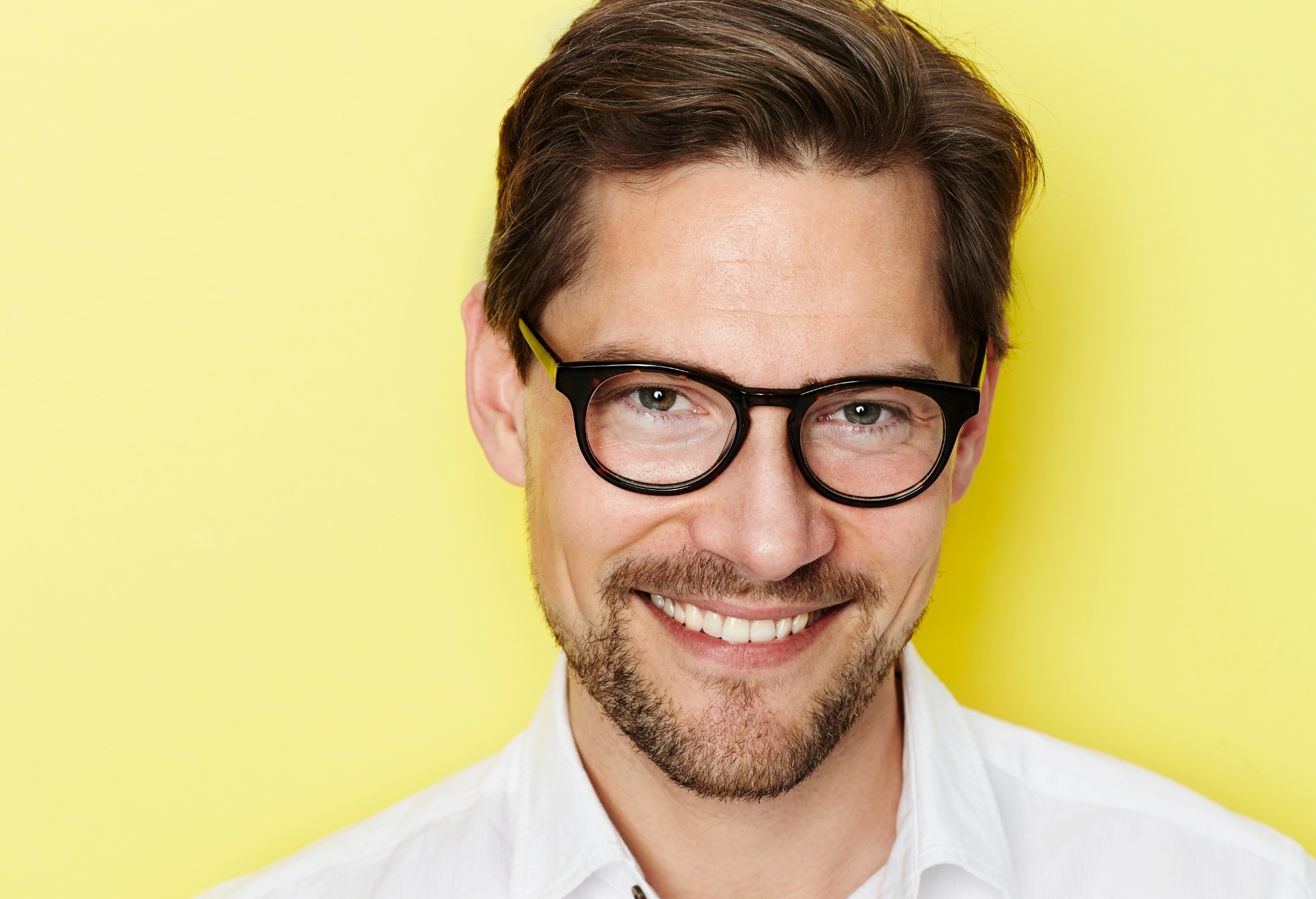 man wearing the glasses for his face shape