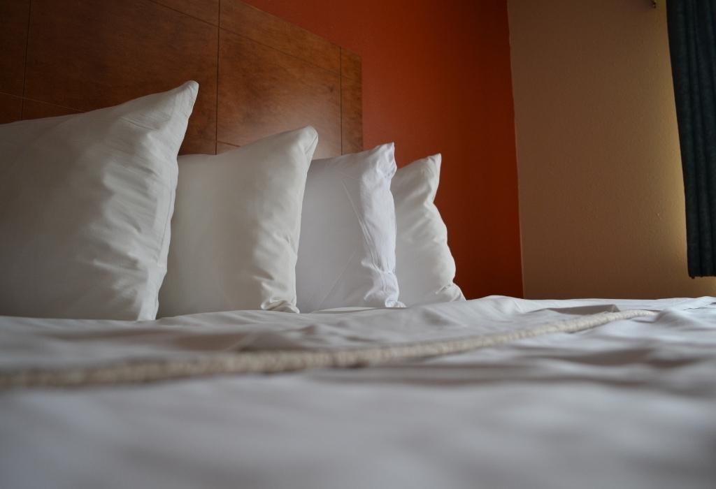 Dicas de viagem para camas e travesseiros de hotel