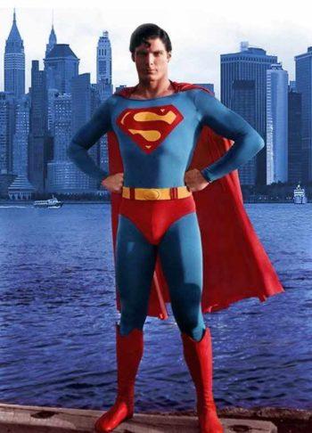 superman-pose-confidence
