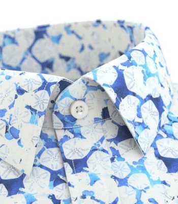 tailor store bold pattern shirt