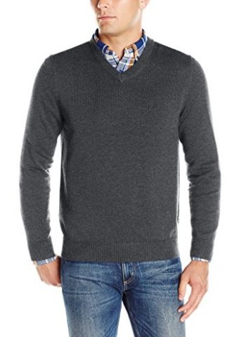 92fa478863b How To Buy A Men s V-Neck Sweater